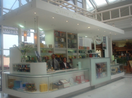 SHOP FIT OUT - suitable for Perfumes, jewellery or any other displaying